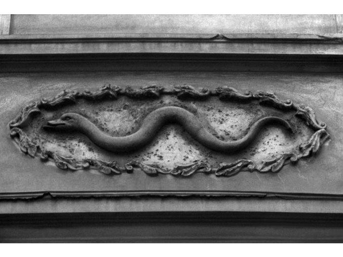 U Zlatého hada (811), Praha 1960 červenec, černobílý obraz, stará fotografie, prodej