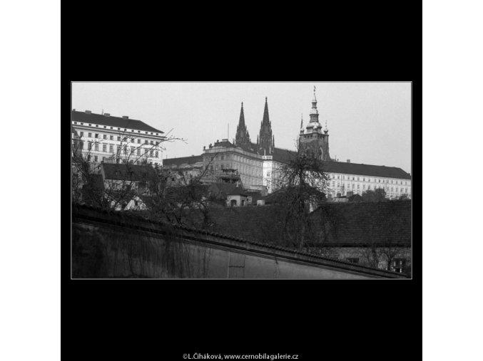 Pražský hrad (988-2), Praha 1960 listopad, černobílý obraz, stará fotografie, prodej