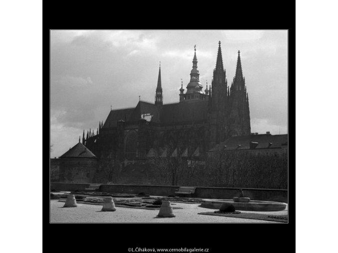 Chrám sv.Víta (1544), Praha 1962 duben, černobílý obraz, stará fotografie, prodej