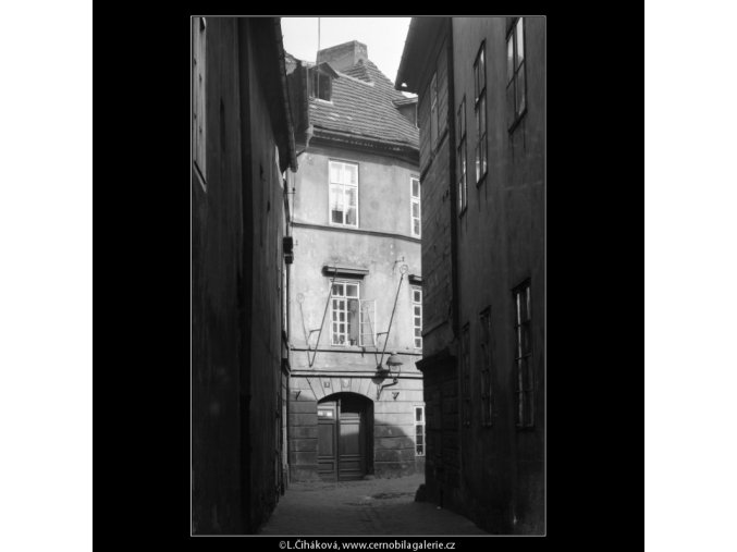 Řásnovka (2094-2), Praha 1963 červen, černobílý obraz, stará fotografie, prodej