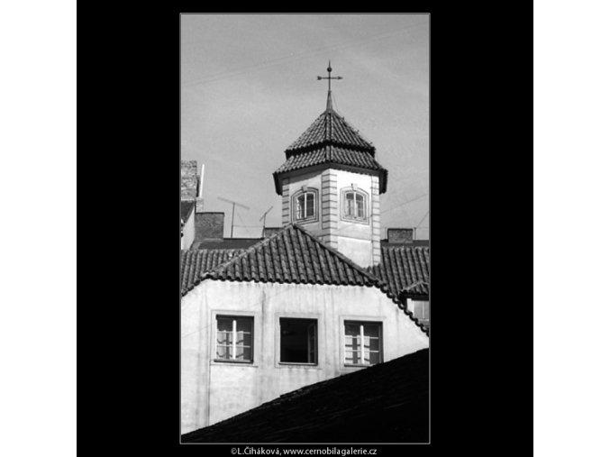 Pražské věžičky (4732-2), Praha 1966 srpen, černobílý obraz, stará fotografie, prodej