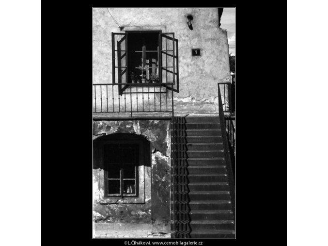 Otevřené okénko (4672), žánry - Praha 1966 srpen, černobílý obraz, stará fotografie, prodej
