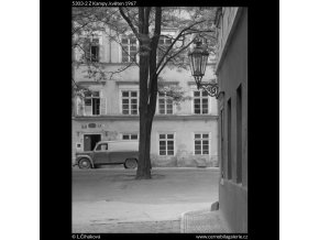 Z Kampy (5303-2), Praha 1967 květen, černobílý obraz, stará fotografie, prodej