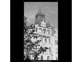 Dům U Dvořáků (5457), Praha 1967 srpen, černobílý obraz, stará fotografie, prodej