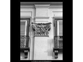 Maskaron (5477), Praha 1967 srpen, černobílý obraz, stará fotografie, prodej