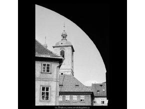 Věže chrámu sv.Jakuba (5470-2), Praha 1967 srpen, černobílý obraz, stará fotografie, prodej