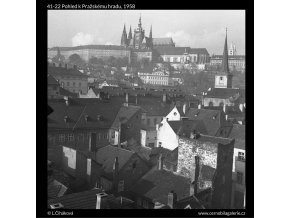 Pohled k Pražskému hradu (41-22), Praha 1958 , černobílý obraz, stará fotografie, prodej