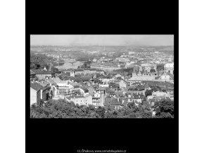 Pohled na Prahu (5409), Praha 1967 červen, černobílý obraz, stará fotografie, prodej
