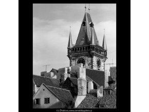 Věž Staroměstské radnice (5500-2), Praha 1967 srpen, černobílý obraz, stará fotografie, prodej