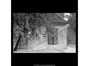 Domek na Kampě (5591), Praha 1967 září, černobílý obraz, stará fotografie, prodej