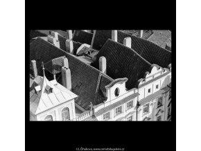 Pražské střechy (5511-2), Praha 1967 srpen, černobílý obraz, stará fotografie, prodej
