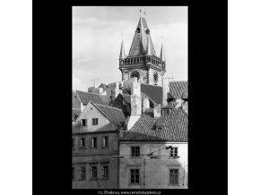 Věž Staroměstské radnice (5500-1), Praha 1967 srpen, černobílý obraz, stará fotografie, prodej