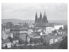 100176 I Pohlednice Pražský hrad a domy Úvozu, Praha 1963