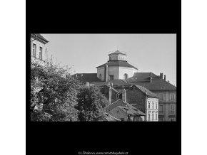 Střechy a stříšky (5680), Praha 1967 říjen, černobílý obraz, stará fotografie, prodej