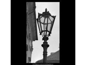 Lampa (5643), Praha 1967 říjen, černobílý obraz, stará fotografie, prodej