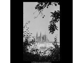 Pohled na Hrad (5682-4), Praha 1967 říjen, černobílý obraz, stará fotografie, prodej