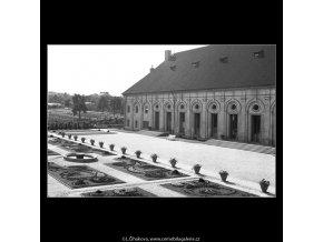 Jízdárna na Pražském Hradě (163-2), Praha 1959 červen, černobílý obraz, stará fotografie, prodej