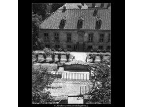 Pálfyovská zahrada (166-8), Praha 1959 červen, černobílý obraz, stará fotografie, prodej