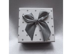 202295 I krabicka-bila-puntik-s60