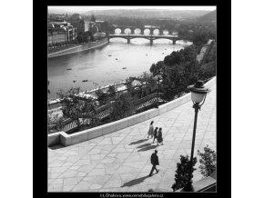 Pohled k Národnímu divadlu (259-3), Praha 1959 září, černobílý obraz, stará fotografie, prodej