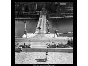Pohled na Čechův most (259-6), Praha 1959 září, černobílý obraz, stará fotografie, prodej