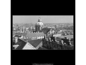 Věž chrámu sv.Mikuláše (266-3), Praha 1959 , černobílý obraz, stará fotografie, prodej