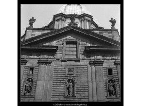 Kostel sv.Františka (279-2), Praha 1959 září, černobílý obraz, stará fotografie, prodej