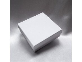 201182 I krabicka-stripe-bila-s60