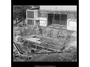 Divadlo na Fidlovačce (281-5), Praha 1959 srpen, černobílý obraz, stará fotografie, prodej