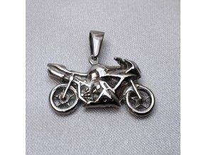 602563 I privesek-motorka-sport