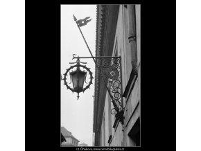 Na Staré zbrojnici (567-1), Praha 1959 , černobílý obraz, stará fotografie, prodej