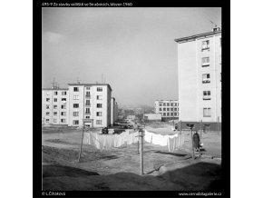 Ze stavby sídliště ve Strašnicích (495-9), Praha 1960 březen, černobílý obraz, stará fotografie, prodej