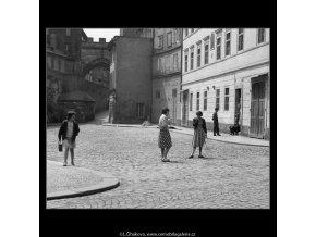 Kampa (637-5), Praha 1960 červen, černobílý obraz, stará fotografie, prodej