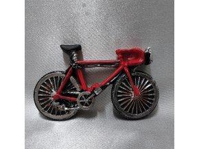202353 I magnet-kolo-cervene