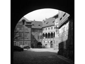 Pohled do Ungeltu (6321), Praha, 1969 duben