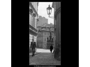 Prokopská ulička (647), Praha 1960 květen, černobílý obraz, stará fotografie, prodej