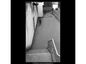 Divadelní ulice (943), Praha 1960 říjen, černobílý obraz, stará fotografie, prodej