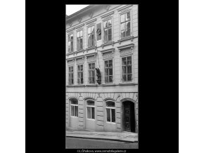 Dům kde žil Emil Holub (853), Praha 1960 srpen, černobílý obraz, stará fotografie, prodej