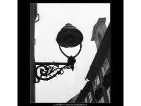 Plynová lampa (994), Praha 1959 , černobílý obraz, stará fotografie, prodej
