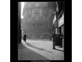 Stíny (512-1), žánry - Praha 1959 , černobílý obraz, stará fotografie, prodej