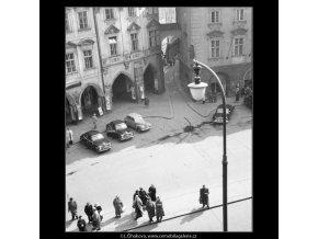 Z okna Staroměstské radnice (531), žánry - Praha 1959 , černobílý obraz, stará fotografie, prodej