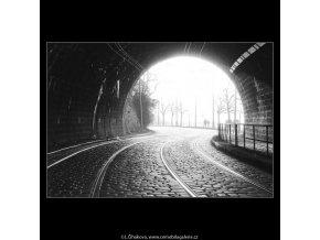 Tunel pod Vyšehradem (1018-1), žánry - Praha 1960 prosinec, černobílý obraz, stará fotografie, prodej