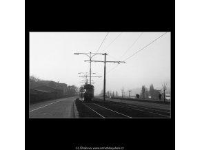 Tramvaj (1018-3), žánry - Praha 1960 prosinec, černobílý obraz, stará fotografie, prodej
