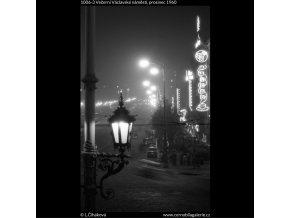 Večerní Václavské náměstí (1006-3), Praha 1960 prosinec, černobílý obraz, stará fotografie, prodej