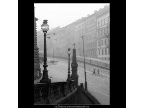 Mezibranská ulice (1024-3), Praha 1960 prosinec, černobílý obraz, stará fotografie, prodej