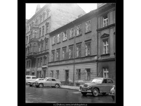Dům, kde zemřel Jan Neruda (1219-2), Praha 1961 srpen, černobílý obraz, stará fotografie, prodej