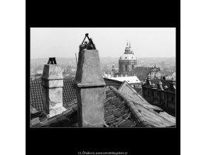 Mikulášský chrám (1306), Praha 1961 jaro, černobílý obraz, stará fotografie, prodej