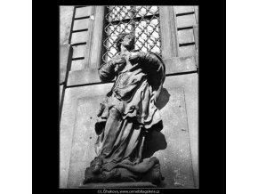 Socha Panny Marie (1313-2), Praha 1961 , černobílý obraz, stará fotografie, prodej