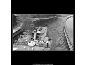 Výletní parník (1354-2), žánry - Praha 1961 jaro, černobílý obraz, stará fotografie, prodej