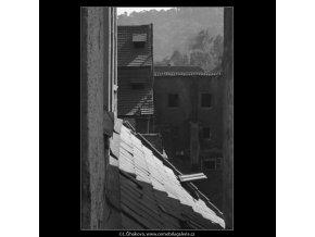 Malostranská střecha (1410-1), Praha 1961 jaro, černobílý obraz, stará fotografie, prodej